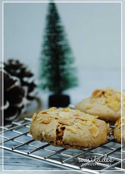 amitades.Blog | Mandel-Zimt-Kekse