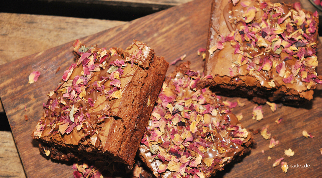 Chocolate-Rose Brownies