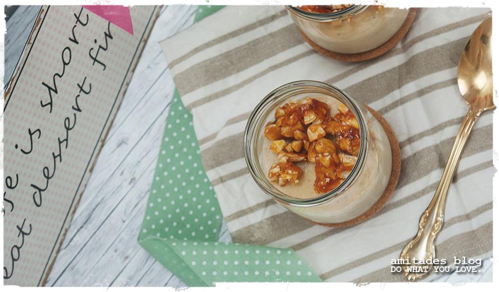 amitades.Blog | Panna Cotta mit Salz-Karamell-Mandeln